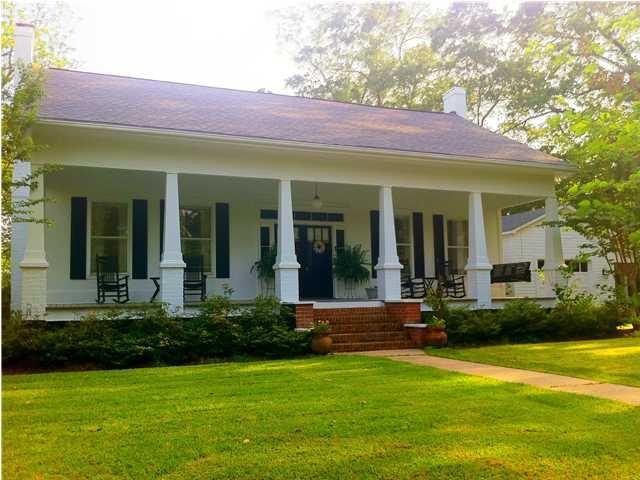 Simple but elegant beautiful homes pinterest for Simple house but elegant