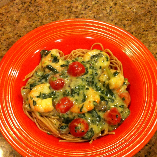 ... spinach, 16 oz light Parmesan Alfredo sauce, 1 tsp red pepper flakes