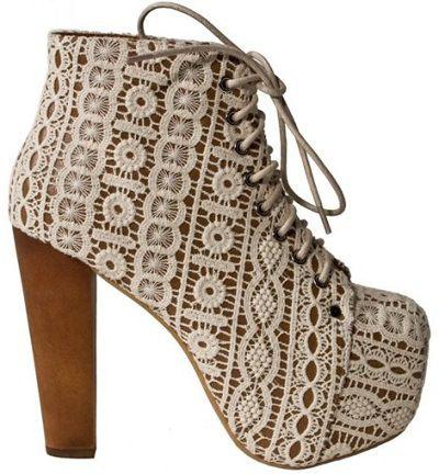 com/post/12531795081/lita-in-crochet-a-ma-petite-shoe-and-jeffrey