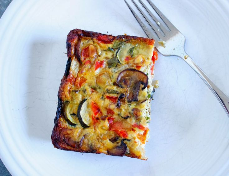 Roasted Vegetable Crustless Quiche | .good eats. | Pinterest