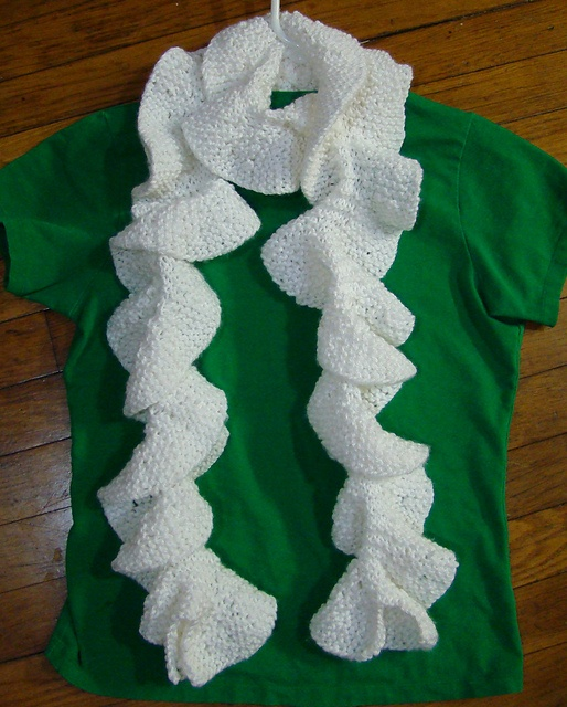 Free Crochet Pattern For Potato Chip Scarf : Pin by Gretchen Jolles on knitting Pinterest