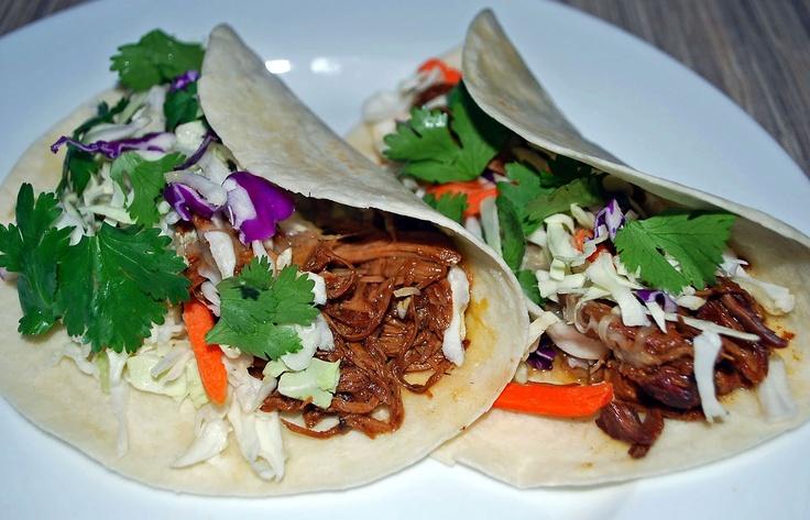 Crock Pot Shredded Pork Asian Tacos | Dinner // Entree's | Pinterest