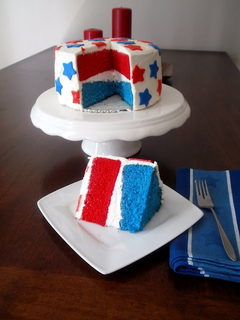 Red White and Blue Cake | party ideas | Pinterest