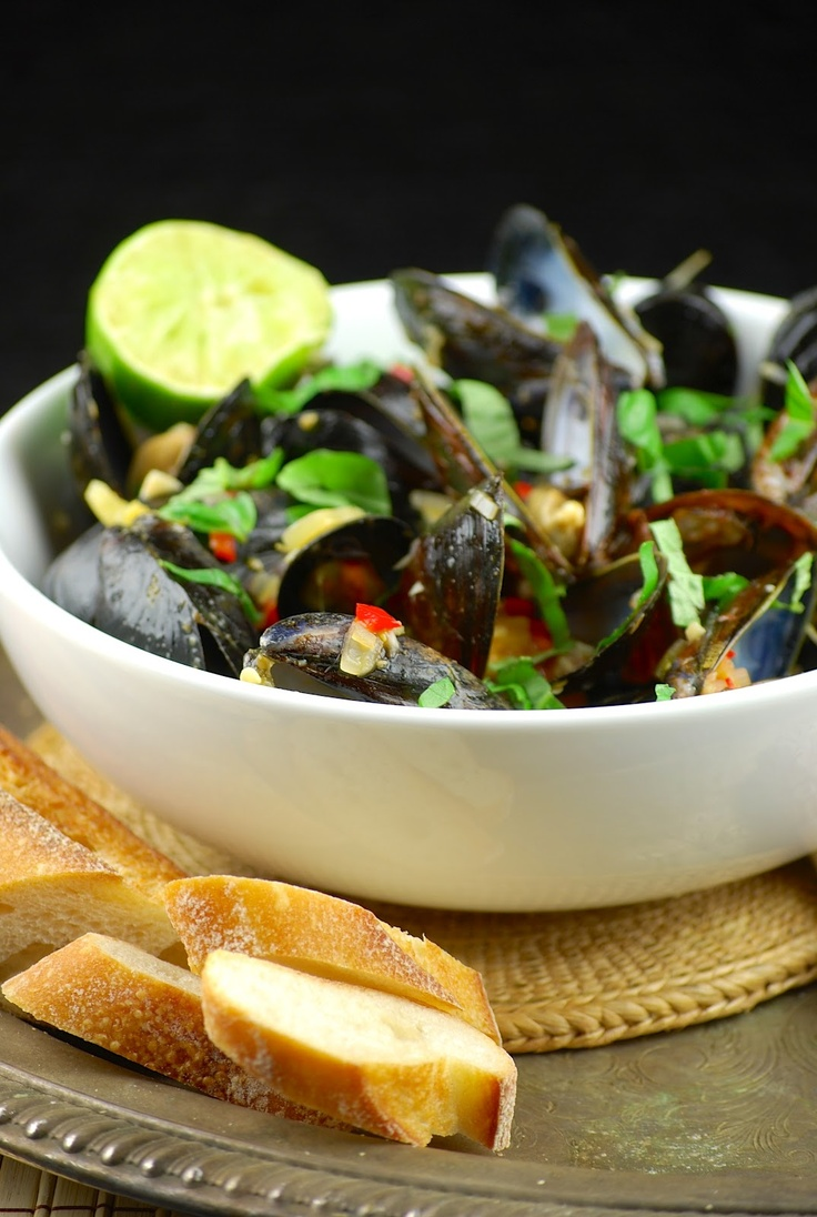 Coconut curry mussels | Foodie things | Pinterest