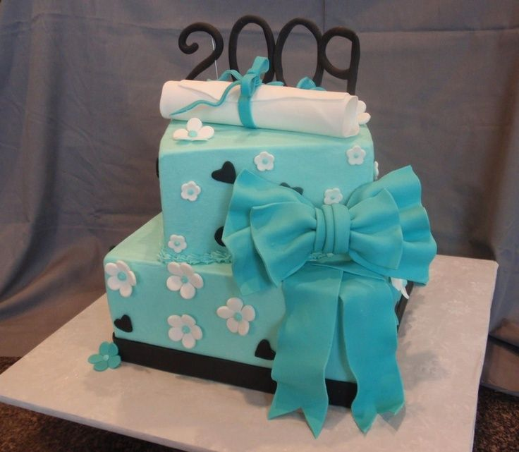 Graduation Cake Ideas For A Girl : Pin by Shirley Muniz on cakes Pinterest