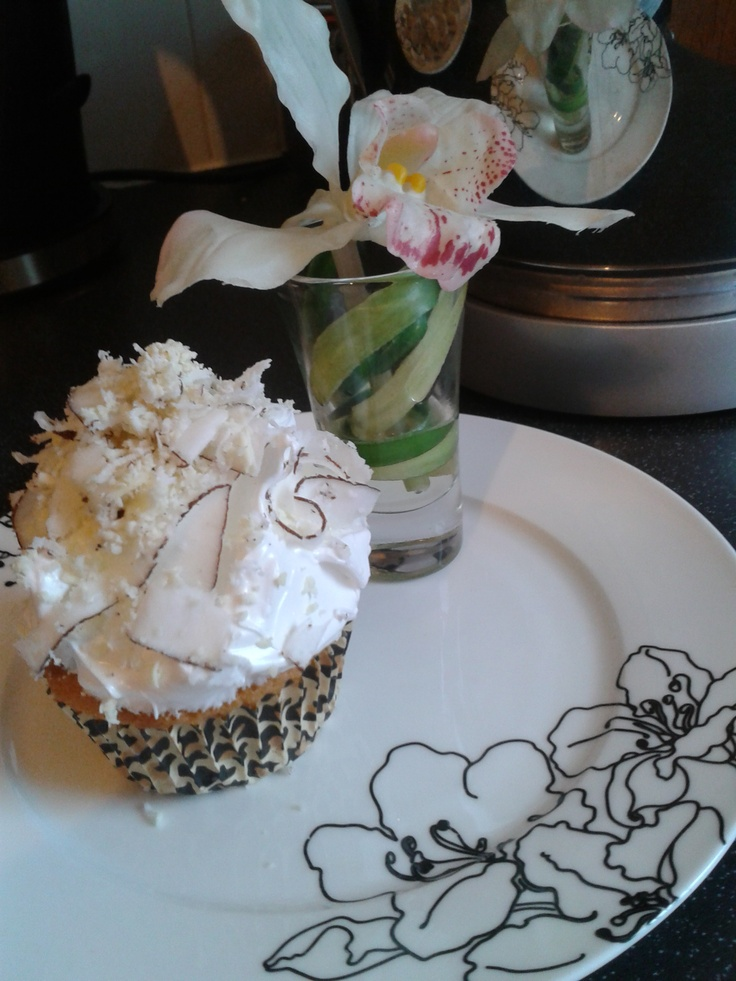 Coconut Cupcakes With Seven-Minute Frosting And Coconut ...