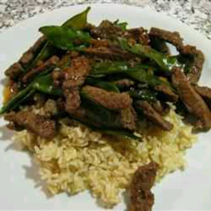 Asian beef with snow peas | Food & Drink | Pinterest