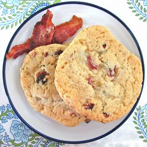 Maple Bacon Chocolate Chip Pancake Cookies