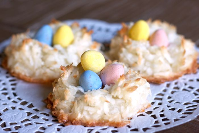 Easter macaroons cookie recipe f in baked goods pinterest