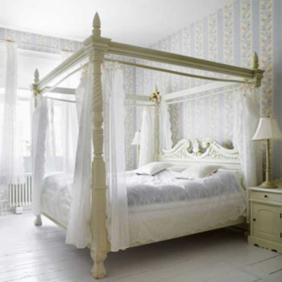 Such A Romantic Canopy Bed Decor Inspiration Pinterest