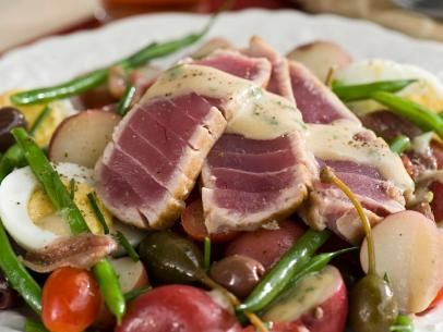 Salad Nicoise with seared tuna. This is the salad I am most looking ...