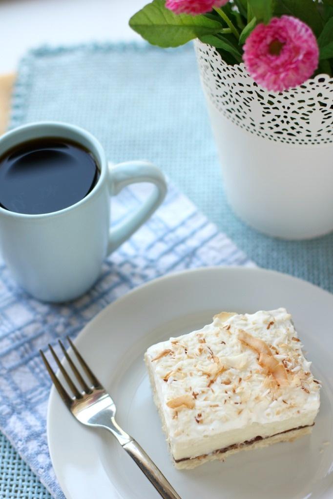 Chocolate & Coconut Cream Pie Bars | Nom Noms | Pinterest