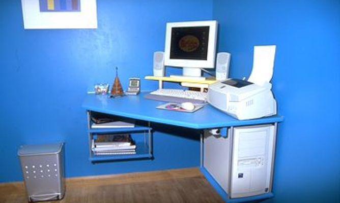 Mesa rinconera para el ordenador - Como hacer una mesa de ordenador ...