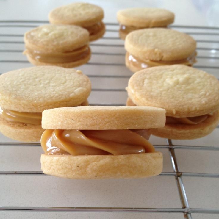 Dulce de Leche Shortbread Sandwiches | Cookies and more cookies | Pin ...