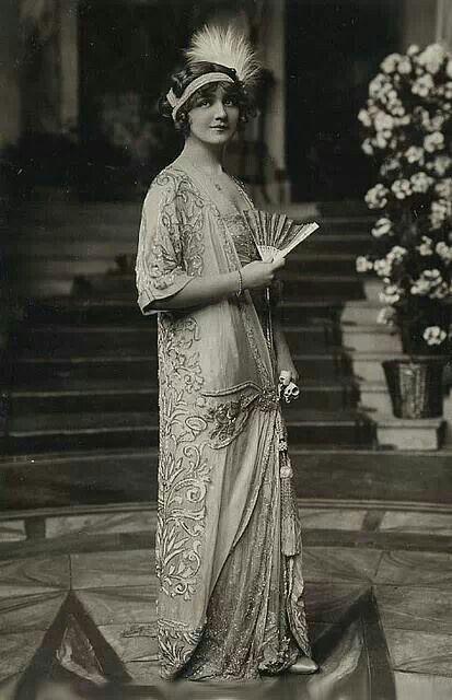 1920s in Western fashion - Wikipedia 21