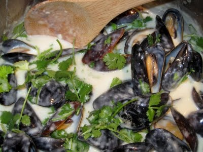 Coconut Green Curry Mussels | Seafood Dishes | Pinterest