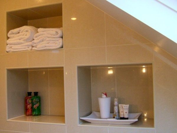 Book Of Bathroom Recessed Shelves In Spain By Jacob | eyagci.com