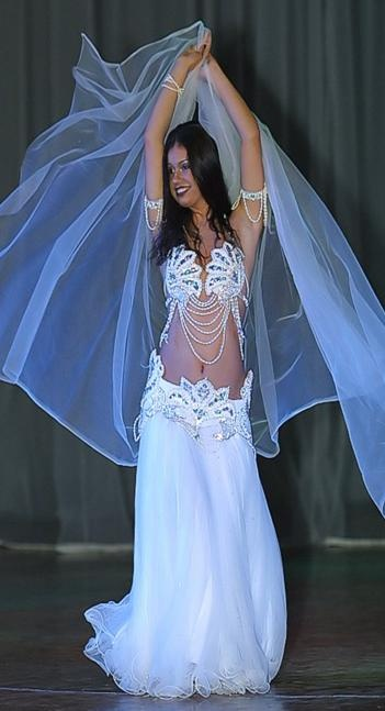 Bridal belly dancing outfit show me your belly pinterest for Best wedding dresses for dancing