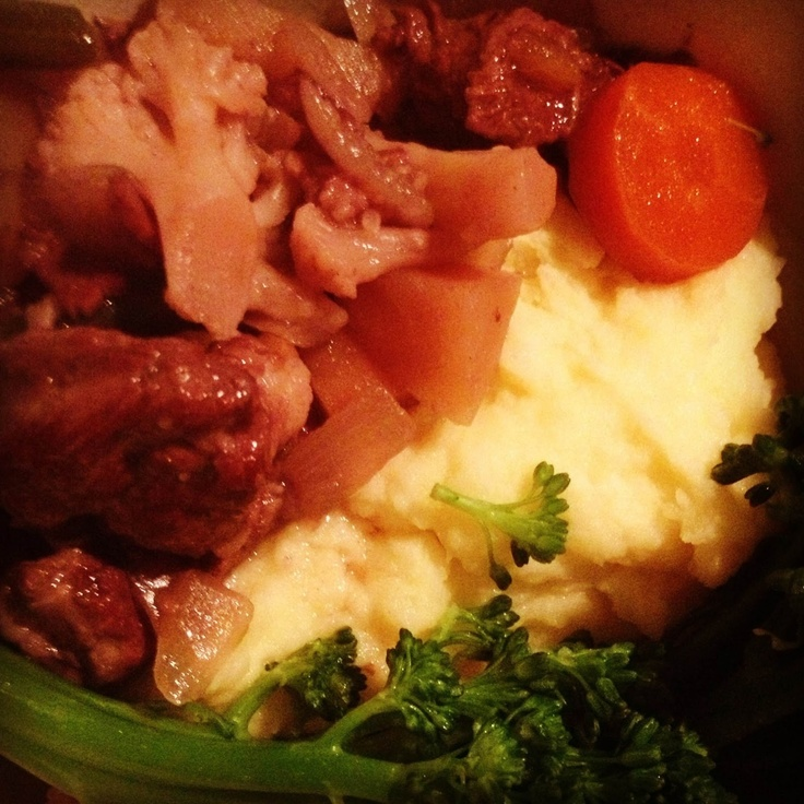 slow cooker beef and red wine stew | dinner ideas | Pinterest