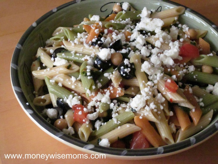 ... feta and kalamata olive s pasta salad with tomatoes zucchini and feta