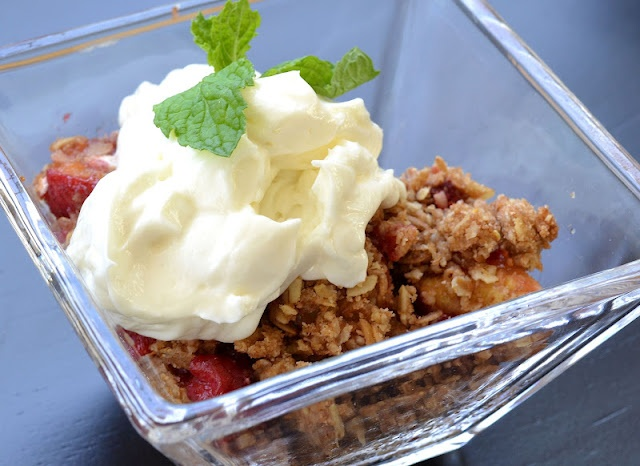 Peach-Raspberry Crumble | Type A Kitchen | Pinterest