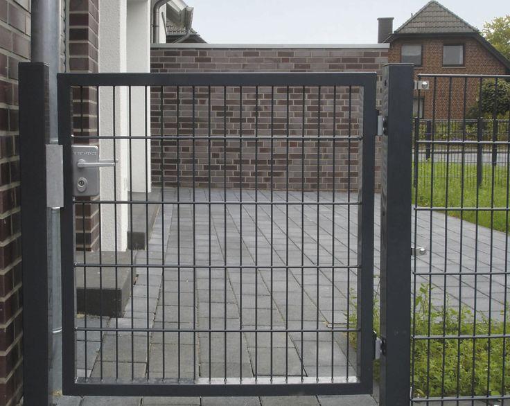 Garden gate google search garden pinterest for Portillon pvc gris