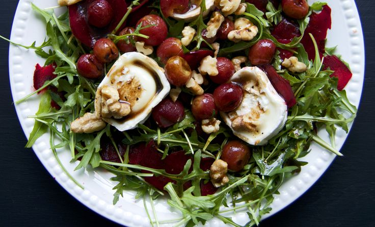 ... Salad with Arugula, Toasted Walnuts, Goat Cheese and Beets ⎜ On a