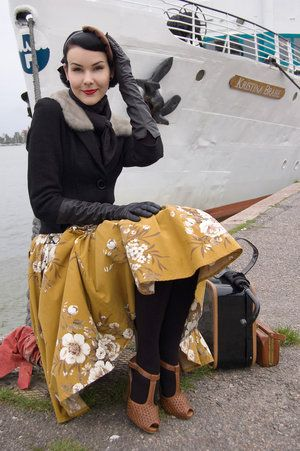Molla Mills in a wonderful cold weather palette of dusty saffron, black, and brow. #vintage #fashion #fall #winter