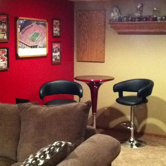 Man cave ideas small room http www pinterest com pin