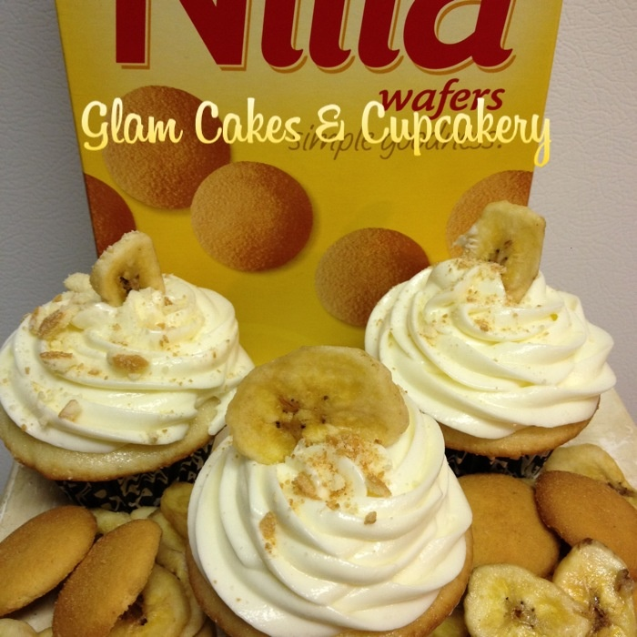 Banana Pudding Cupcakes (Vanilla cake with a nilla wafer baked in the ...