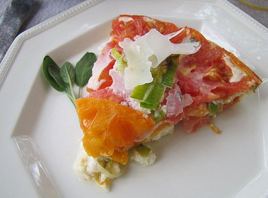 Heirloom Tomato and Leek Egg White Frittata | Desserts | Pinterest