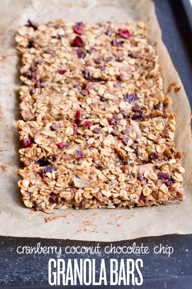 Cranberry Coconut Chocolate Chip Granola Bars -- Perfect for back-to-school #nutfree #dairyfree #healthy
