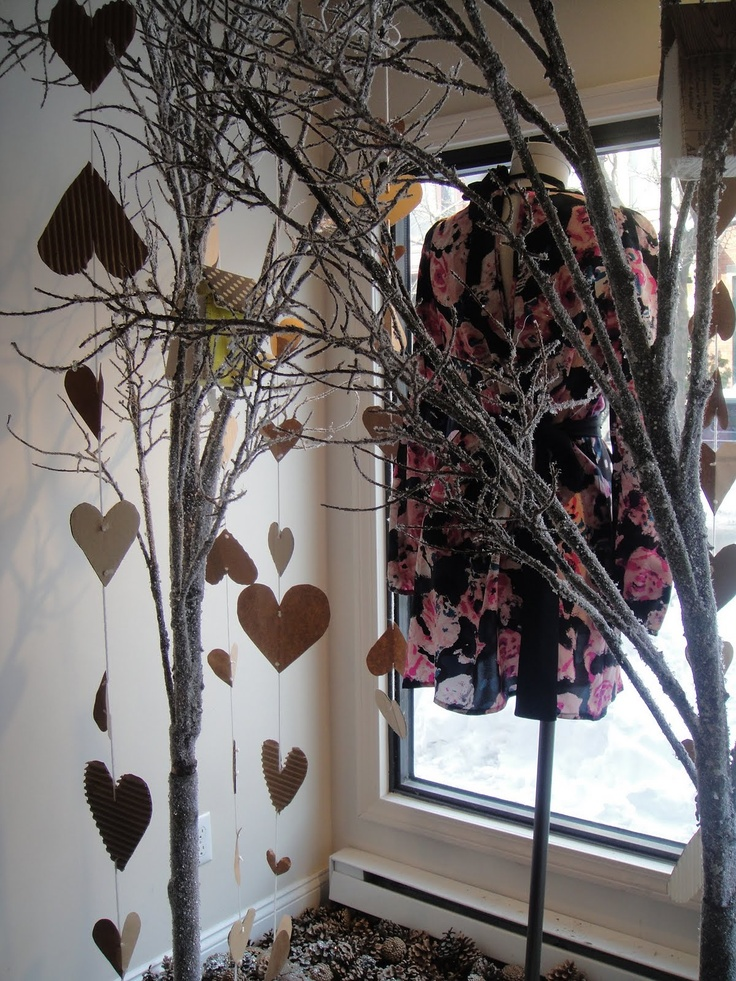 valentine's day window decorations