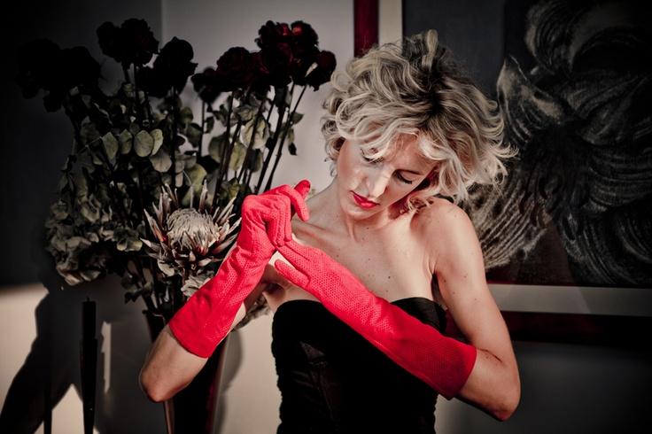 Camilla e i suoi guanti