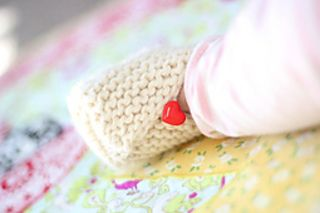 Little Kimono Booties, in French.