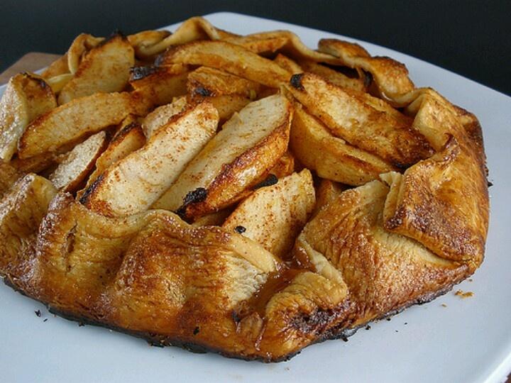 Rustic Apple Crostata | Sweets | Pinterest