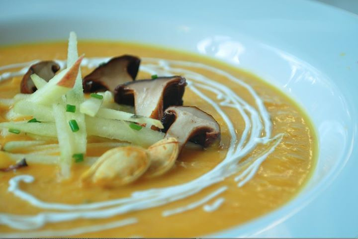 Kabocha squash coconut soup with thai red curry, fresh picked apples ...