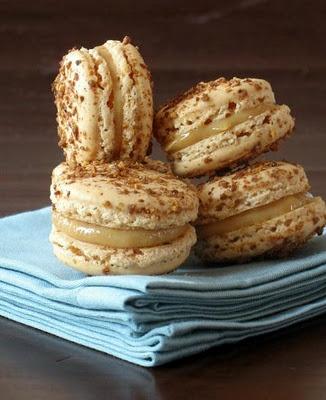 Dulce de Leche Macarons | Desserts, mon amour | Pinterest