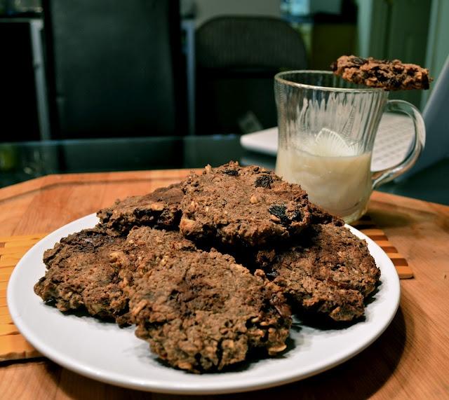 gluten-free and vegan oatmeal raisin cookies!