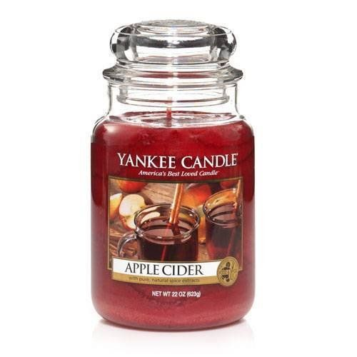 my favorite yankee candle for christmas scents. Black Bedroom Furniture Sets. Home Design Ideas
