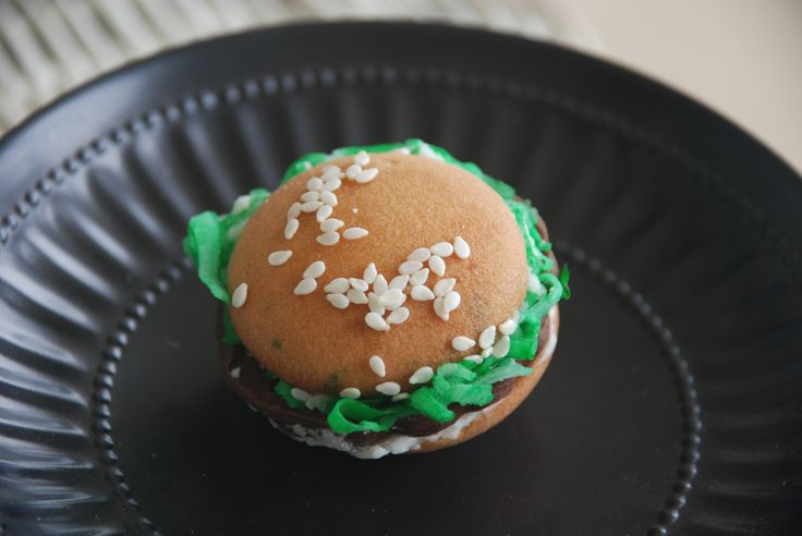 Food theme cookie. Hamburger #hamburger cookie.