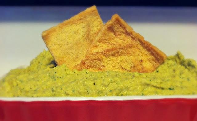 Spicy Jalapeno Cilantro Hummus & Kalamata Olive Hummus #hummus #vegan