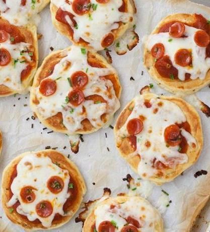Mini Pizza Pancakes | yum! | Pinterest