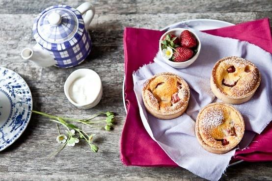 rhubarb tartelettes | Food | Pinterest