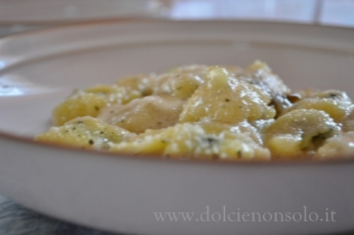Gnocchi Gratin With Gorgonzola Dolce Recipe — Dishmaps