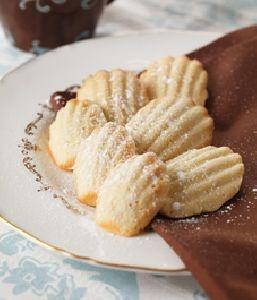 Recipe: French vanilla madeleines | Sugary Treats & Desserts | Pinter ...