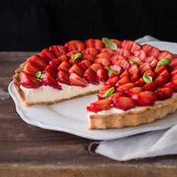 tart with snofrisk cream white balsamic reduction strawberry balsamic ...