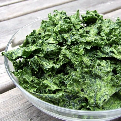 Dill Pickle Kale Chips 2