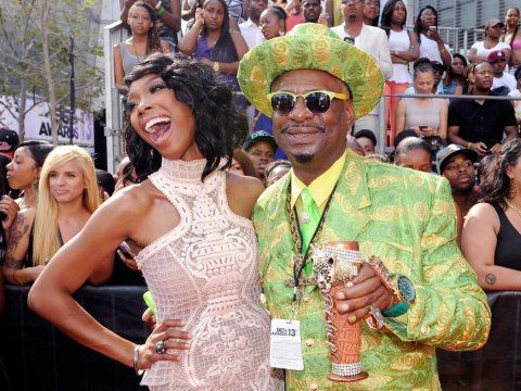 The most ridiculous outfits at last night s bet awards http
