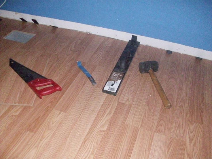Laminate flooring diy laminate flooring installation video for Diy laminate flooring